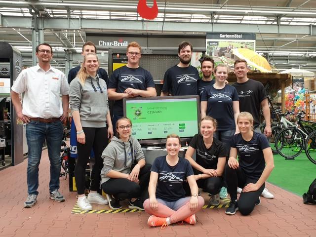 Sportfachschaft der Universität Magdeburg nach ihrem grandiosen Spendensprint, der 150,00 Euro erbracht hat